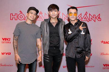 Huong Giang Idol di xe 4 ty den hop bao 'The Remix' - Anh 7