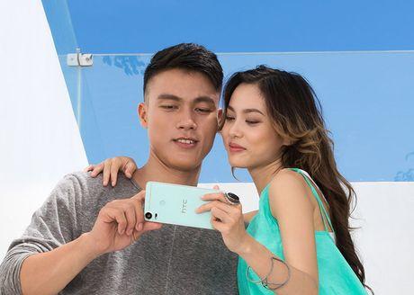 "Bo anh HTC Desire 10 Pro tren tay nguoi mau ""nam lun"" Fung La - Anh 3"