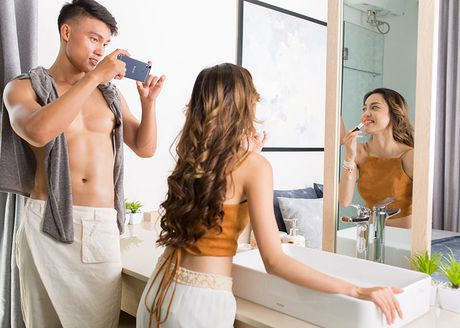 "Bo anh HTC Desire 10 Pro tren tay nguoi mau ""nam lun"" Fung La - Anh 7"