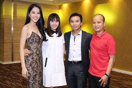 Manh Quynh voi ve Viet Nam de chuc mung Nam Em - Anh 3