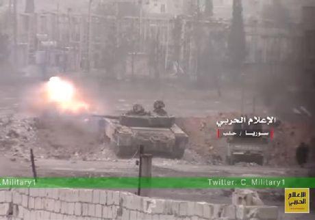 Chien su Aleppo: Quan doi Syria tan cong du doi, phe thanh chien sap nhap doi pho - Anh 1
