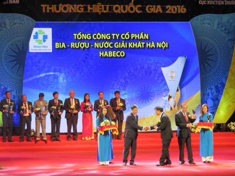 Vinh danh 88 doanh nghiep co san pham dat Thuong hieu quoc gia - Anh 4