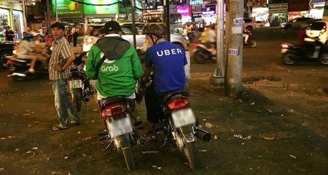 O Viet Nam, di Uber re hon Grab - Anh 1