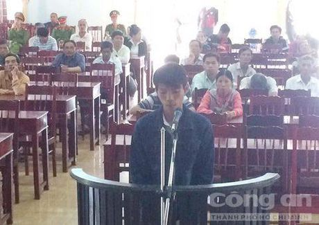 Tron nghia vu quan su, mot doi tuong lanh an tu - Anh 1