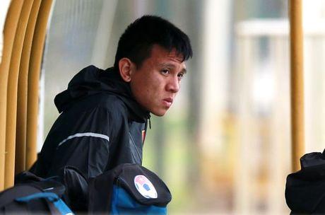 Hau ve Dinh Hoang va van den o 2 ky AFF Cup - Anh 1