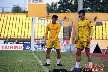 Hau ve Dinh Hoang va van den o 2 ky AFF Cup - Anh 2