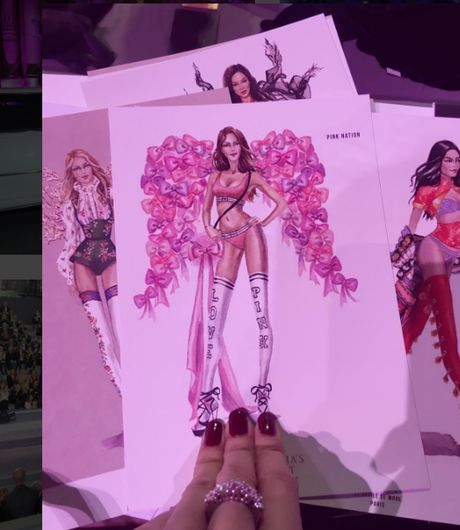 Le Ha dien trang phuc 300 trieu cua NTK Cong Tri, sanh doi cung Ngoc Duyen tai Victoria's Secret Show - Anh 13