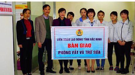 LDLD tinh Bac Ninh: Ban giao phong vat va tru sua - Anh 1