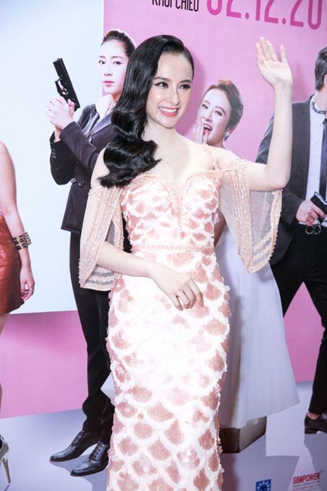 'Ban trai tin don' Vo Canh den mung Angela Phuong Trinh ra mat phim moi - Anh 6