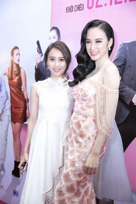 'Ban trai tin don' Vo Canh den mung Angela Phuong Trinh ra mat phim moi - Anh 8