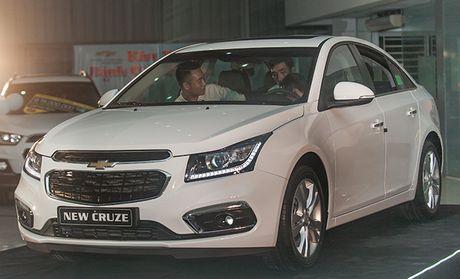 Chi tiet Chevrolet Cruze phien ban moi ra mat khach hang Viet - Anh 1