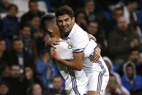 Con trai Zidane ghi ban tai Cup Nha vua - Anh 1