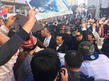Chan Tu Dan in dau tay o Hollywood - Anh 7