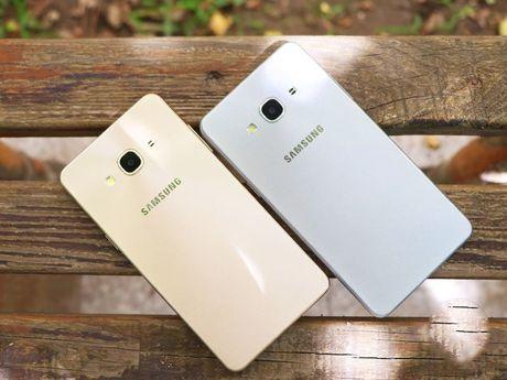 5 mau Samsung Galaxy doi cu van duoc ua chuong tai Viet Nam - Anh 1