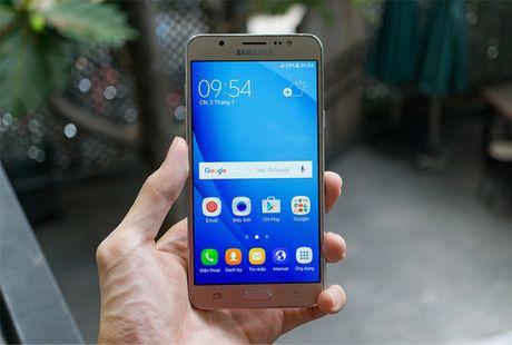5 mau Samsung Galaxy doi cu van duoc ua chuong tai Viet Nam - Anh 2