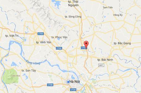 Xe tai chay tren cao toc Ha Noi - Thai Nguyen - Anh 1