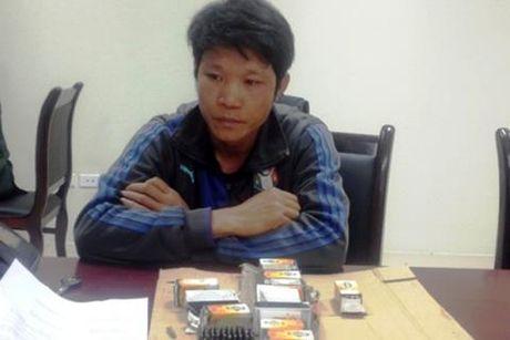 Van chuyen trai phep 700 vien dan tu Lao vao Viet Nam - Anh 1