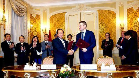 CNTT Viet Nam vao chau Au qua canh cua Slovakia - Anh 7