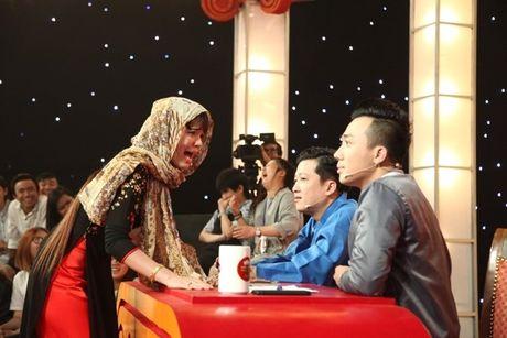 Quat vao mat Tran Thanh, co gai mien Tay thang 'Thach thuc danh hai' - Anh 1