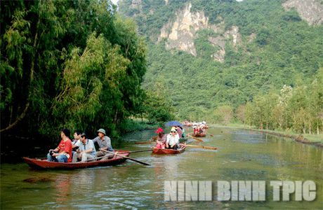 Den Ninh Binh kham pha tuyen du lich sinh thai Linh Coc – Hai Nham - Anh 1