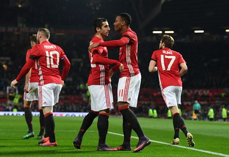 Anthony Martial cu da hay the nay thi Man United do kho! - Anh 1
