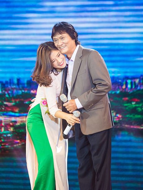 Ngay 6/12, khan gia se duoc 'gap lai' co NSUT Quang Ly - Anh 3