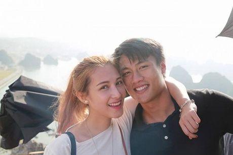 Ky Han khon kheo cu xu khi Mac Hong Quan lo anh om hon tinh cu - Anh 3