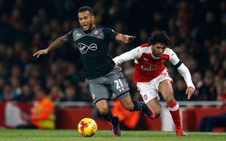 Guc nga truoc Southampton, Arsenal chia tay League Cup - Anh 1