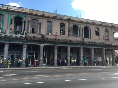 Duong pho o Cuba vang lang trong nhung ngay quoc tang Lanh tu Fidel - Anh 10