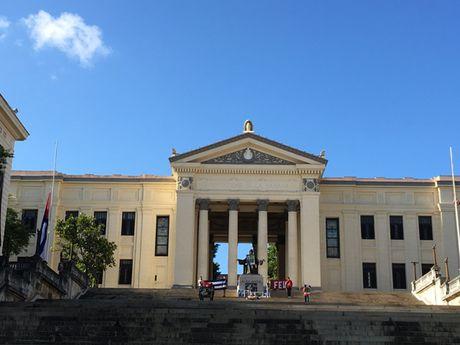 Duong pho o Cuba vang lang trong nhung ngay quoc tang Lanh tu Fidel - Anh 12