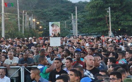 Duong pho o Cuba vang lang trong nhung ngay quoc tang Lanh tu Fidel - Anh 1