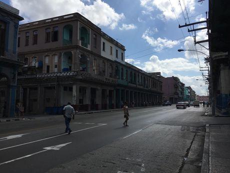 Duong pho o Cuba vang lang trong nhung ngay quoc tang Lanh tu Fidel - Anh 9