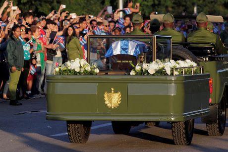 Hanh trinh dua di cot lanh tu Cuba Fidel Castro ve noi an nghi - Anh 2
