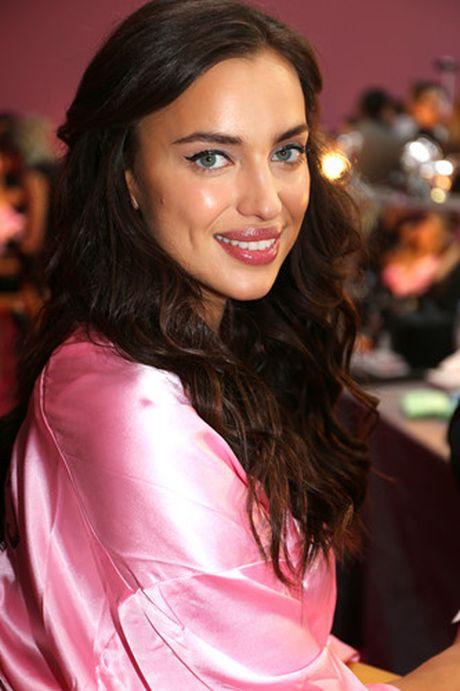 Dot nhap hau truong cua show dien Victoria's Secret 2016 - Anh 5