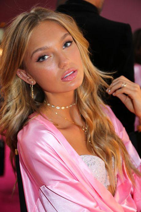 Dot nhap hau truong cua show dien Victoria's Secret 2016 - Anh 9