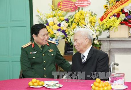 Quan uy Trung uong, Bo Quoc phong chuc tho Dai tuong Le Duc Anh - Anh 1