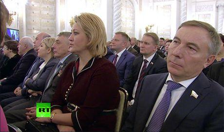 Thong diep Lien bang cua ong Putin de cap den nhieu van de toan cau - Anh 6