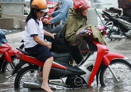 Bo me Viet chieu, con phat benh: Mai mai tuoi len ba - Anh 3