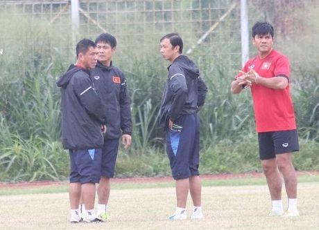 Indonesia 'choi xau', cho DT Viet Nam tap san toan 'o ga' - Anh 1