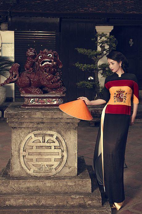 Mai Thu Huyen gay an tuong voi ao dai hoa tiet di san - Anh 7