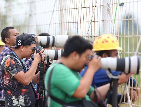 Truyen thong Indonesia soi ky thay tro HLV Huu Thang - Anh 1