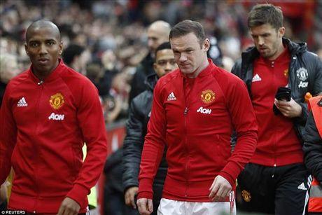 'Man Utd se can dich o vi tri thu 6 Premier League mua nay' - Anh 1
