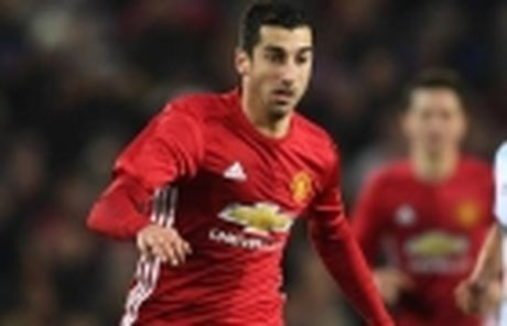 Sao Liverpool loai Man United khoi cuoc dua vo dich - Anh 4