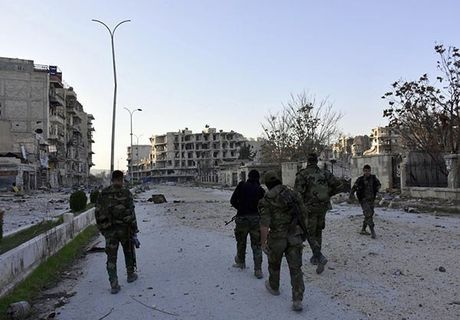 Quan doi Syria thang nhu che tre o Dong Aleppo - Anh 5