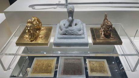 Trien lam Bao vat Hoang cung trieu Nguyen tai Hue - Anh 2