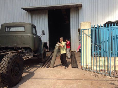 Clip: Chay lon o kho son, van ep trong khu cong nghiep Ngoc Hoi - Anh 1
