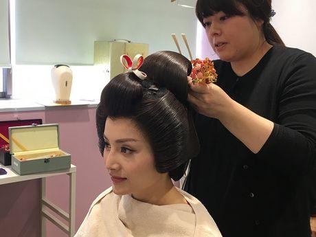Lan Phuong dien Kimono vo gia mot lan mac ton 4 ty dong - Anh 5