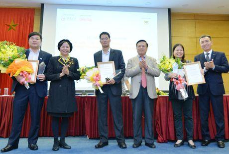 Phong vien Bao CAND dat giai B bao chi viet ve doanh nhan, doanh nghiep - Anh 2