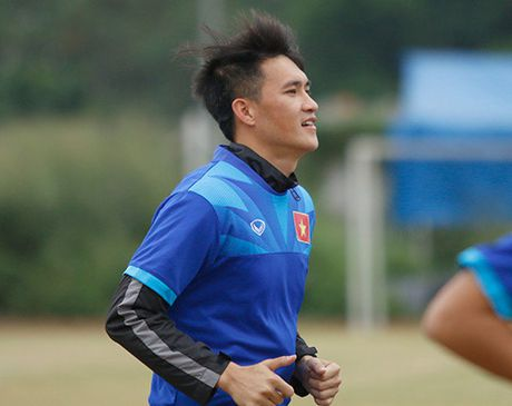 Fan Indonesia du doan Cong Vinh sut tung luoi doi nha - Anh 2