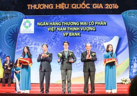 VPBank dat 10 giai thuong va chung nhan trong 2016 - Anh 1